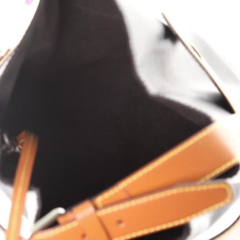 Women's or Men's Louis Vuitton Twist Bucket Bag Epi Leather For Sale