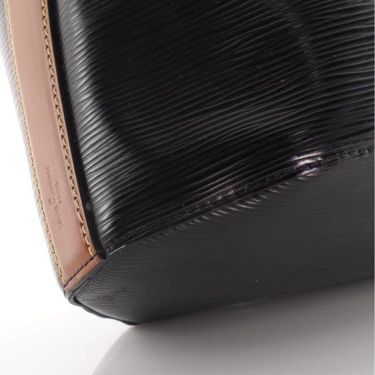 Louis Vuitton Twist Bucket Bag Epi Leather For Sale 1