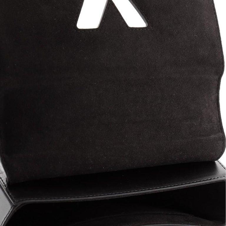 Louis Vuitton Twist Handbag Limited Edition Blossom Monogram Canvas MM For Sale 3