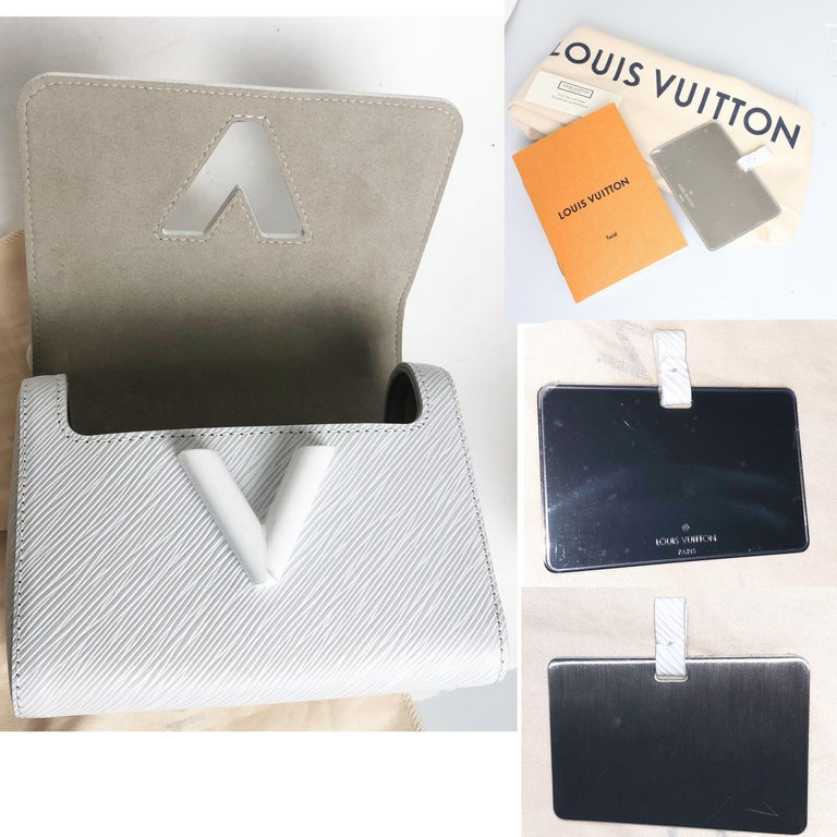 Louis Vuitton Twist PM Bag White Epi Leather New In Box  For Sale 8