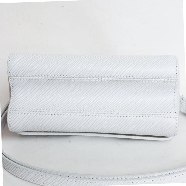 Louis Vuitton Twist PM Bag White Epi Leather New In Box  For Sale 4