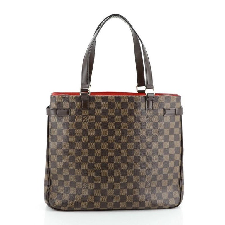 Louis Vuitton Uzes Handbag Damier In Good Condition For Sale In New York, NY