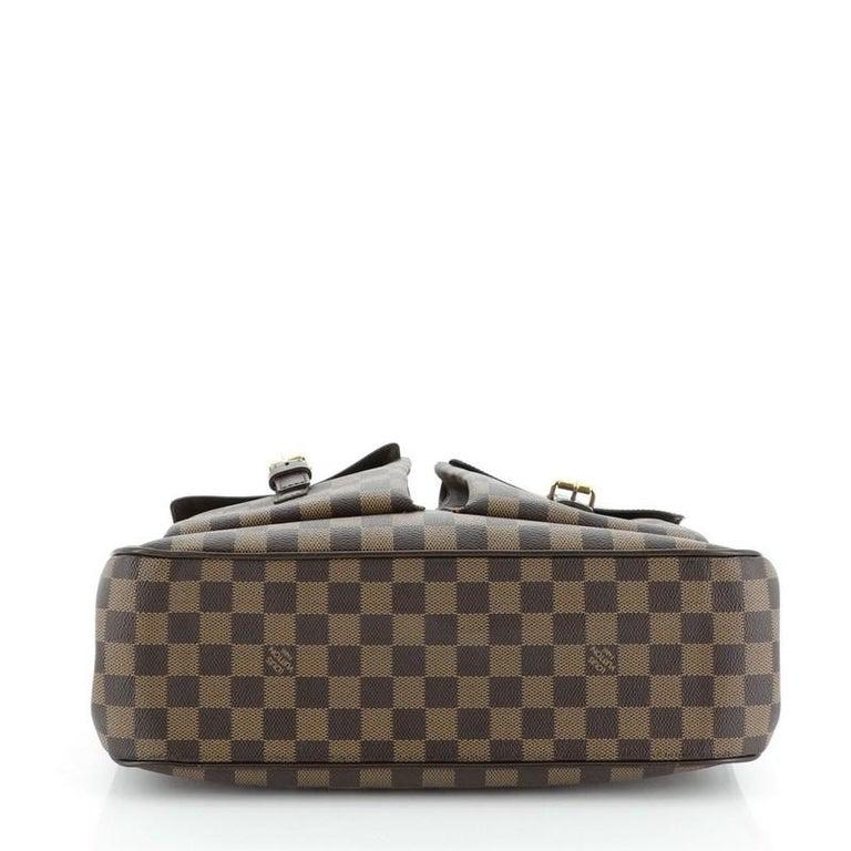 Women's or Men's Louis Vuitton Uzes Handbag Damier For Sale
