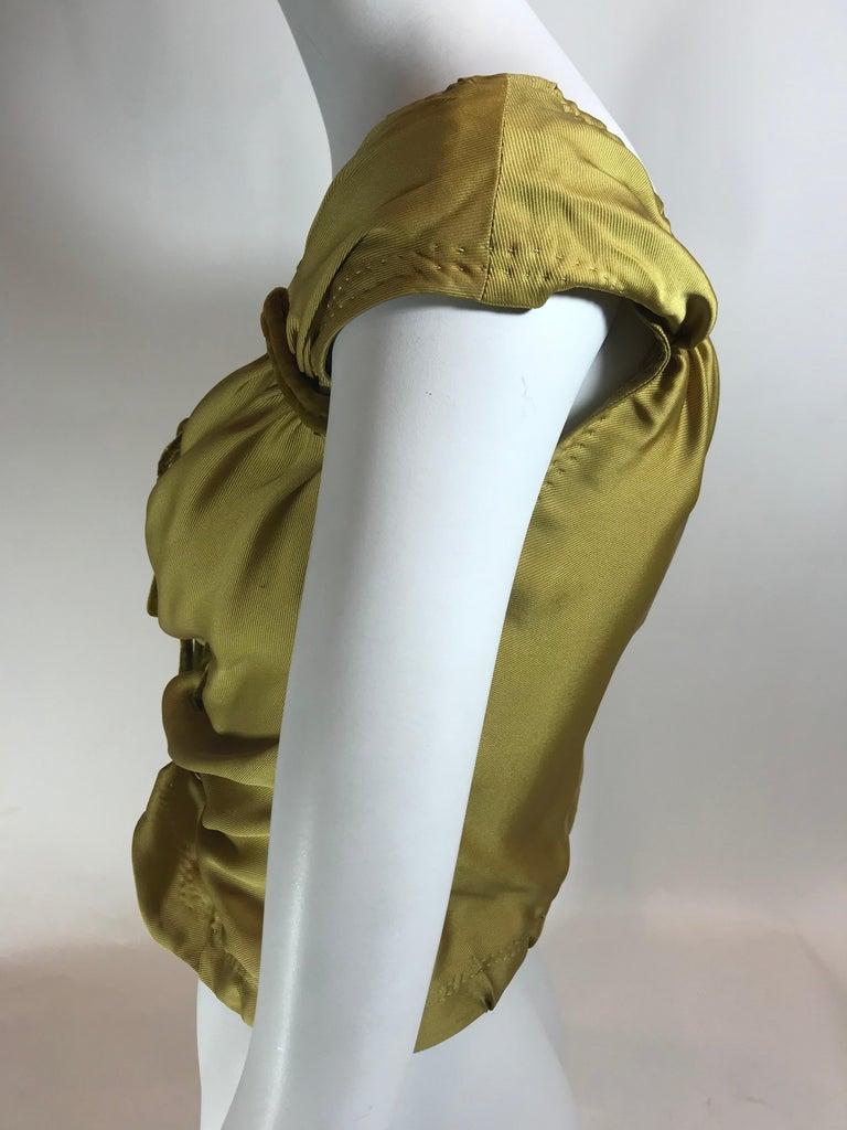 Women's or Men's Louis Vuitton V-Neck Sleeveless Top For Sale
