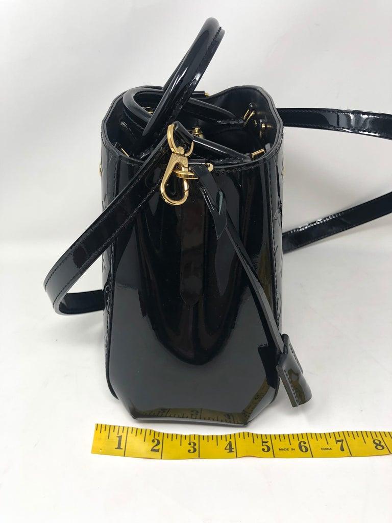 Louis Vuitton Vernis Black Montaigne BB Bag For Sale 10