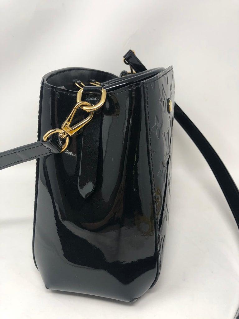 Louis Vuitton Vernis Black Montaigne BB Bag For Sale 2