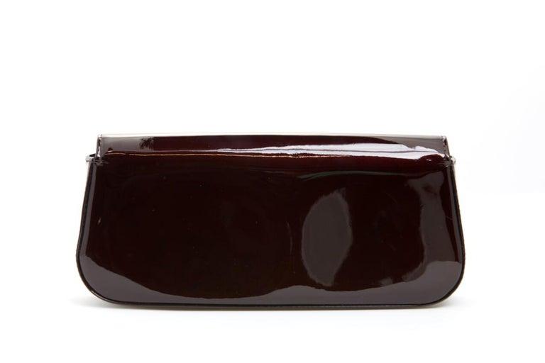 Black Louis Vuitton vernis Sobe clutch For Sale