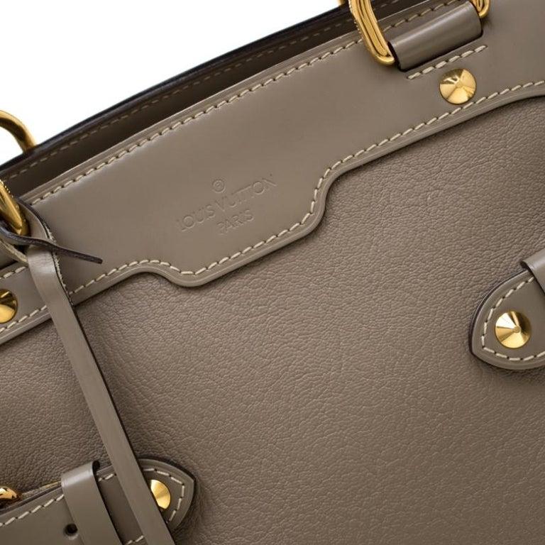 Louis Vuitton Verone Suhali Leather Le Radieux Bag For Sale 4