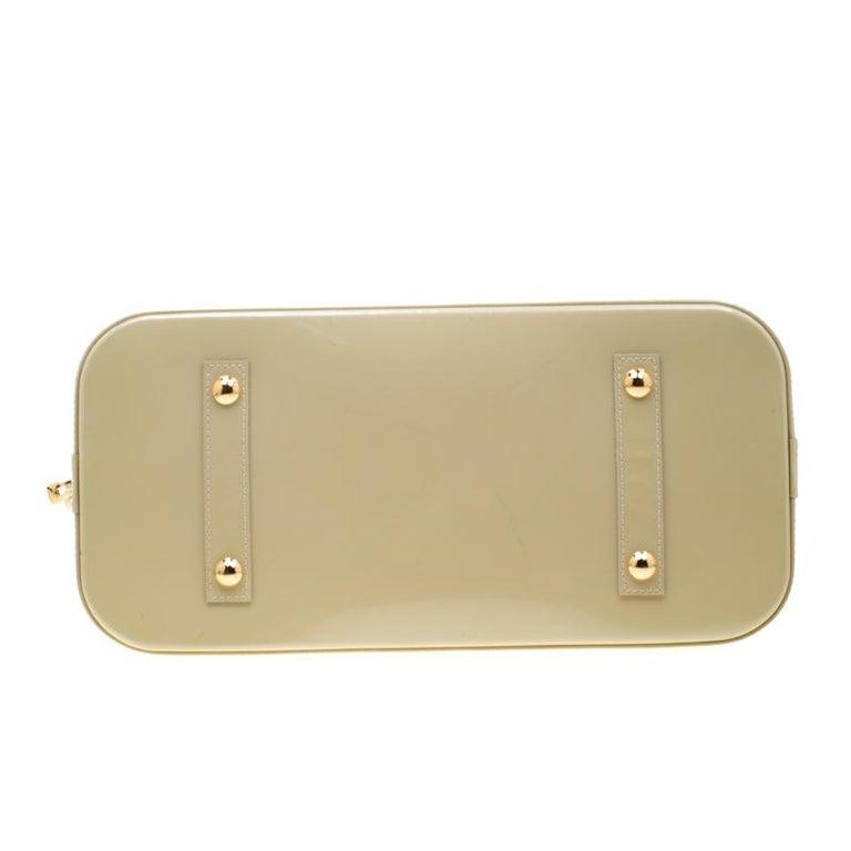 Louis Vuitton Vert Impression Monogram Vernis Alma GM Bag For Sale 5