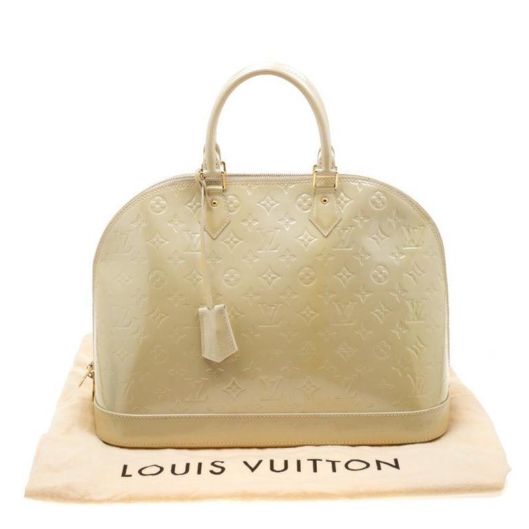 Louis Vuitton Vert Impression Monogram Vernis Alma GM Bag For Sale 6