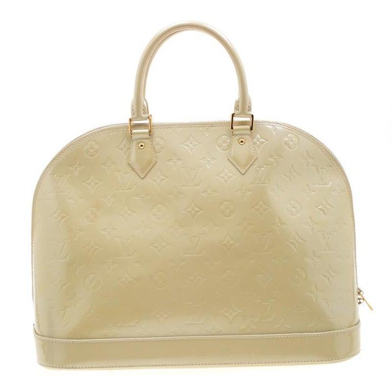 Louis Vuitton Vert Impression Monogram Vernis Alma GM Bag For Sale 3