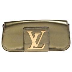 Louis Vuitton Vert Olive Vernis Leather Sobe Clutch