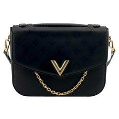 LOUIS VUITTON Very messenger Shoulder bag in Black Leather