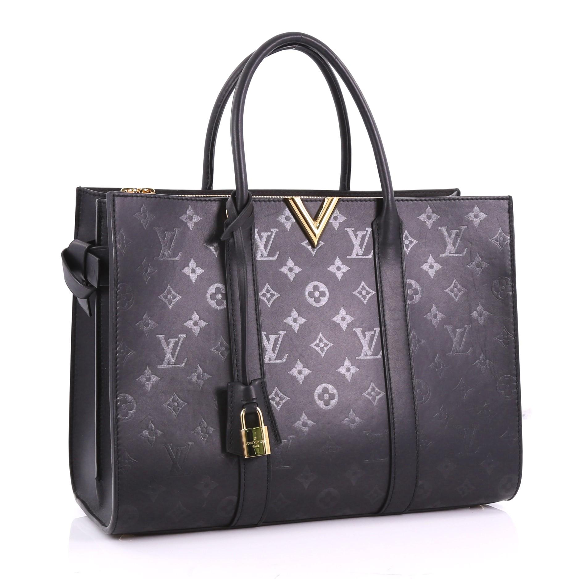 efe4657a1cb5 Louis Vuitton Very Tote Monogram Leather GM at 1stdibs