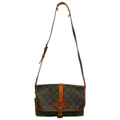 Louis Vuitton Vintage 1990 Monogram Canvas Marne Bag