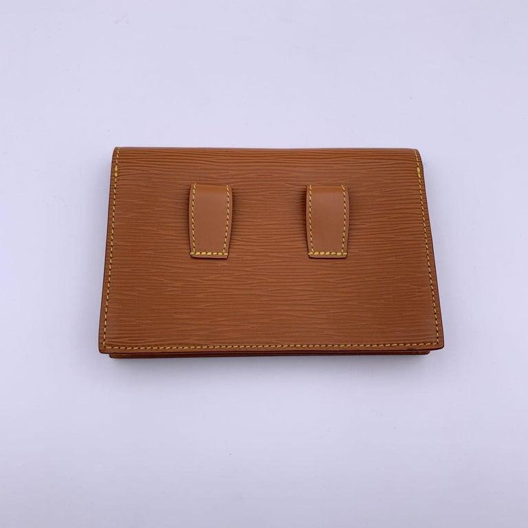 Louis Vuitton Vintage Beige Epi Leather Belt Bag Pouch For Sale 1