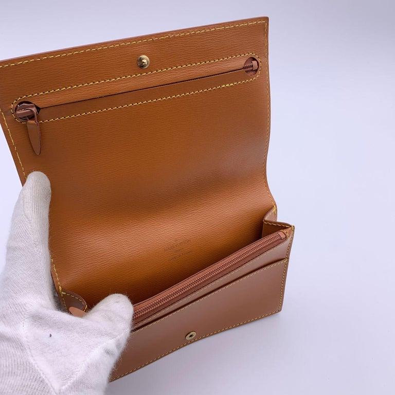 Louis Vuitton Vintage Beige Epi Leather Belt Bag Pouch For Sale 2