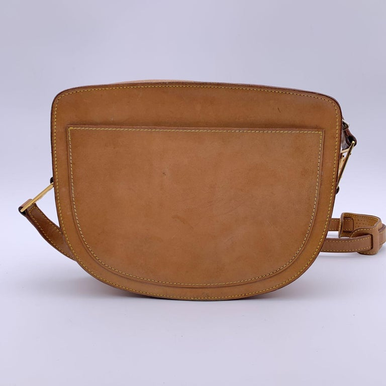Louis Vuitton Vintage Beige Leather Jeune Fille Messenger Bag In Good Condition In Rome, Rome