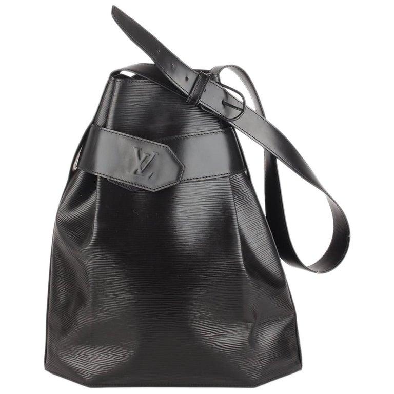 504d4f70534f Louis Vuitton Vintage Black Epi Leather Sac d Epaule Bucket Shoulder Bag  For Sale