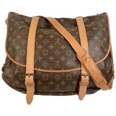 Louis Vuitton Vintage Canvas Saumur 40 Messenger Shoulder Bag
