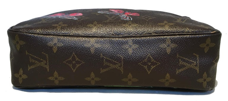 Louis Vuitton Vintage Customized Hand Painted Ladybug Trousse Cosmetic Pouch In Excellent Condition For Sale In Philadelphia, PA