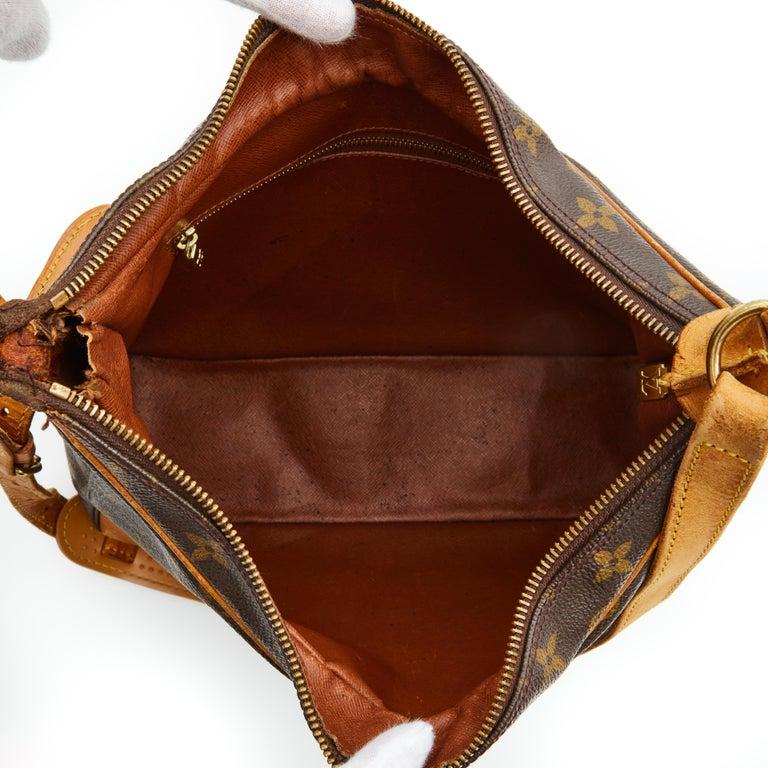 Louis Vuitton Vintage Monogram Boulogne Shoulder Bag (1998) In Good Condition For Sale In Montreal, Quebec