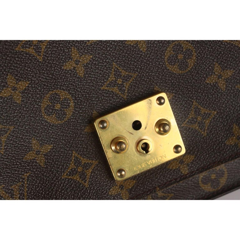 Louis Vuitton Vintage Monogram Canvas Monceau 28 Messenger Bag For Sale 6