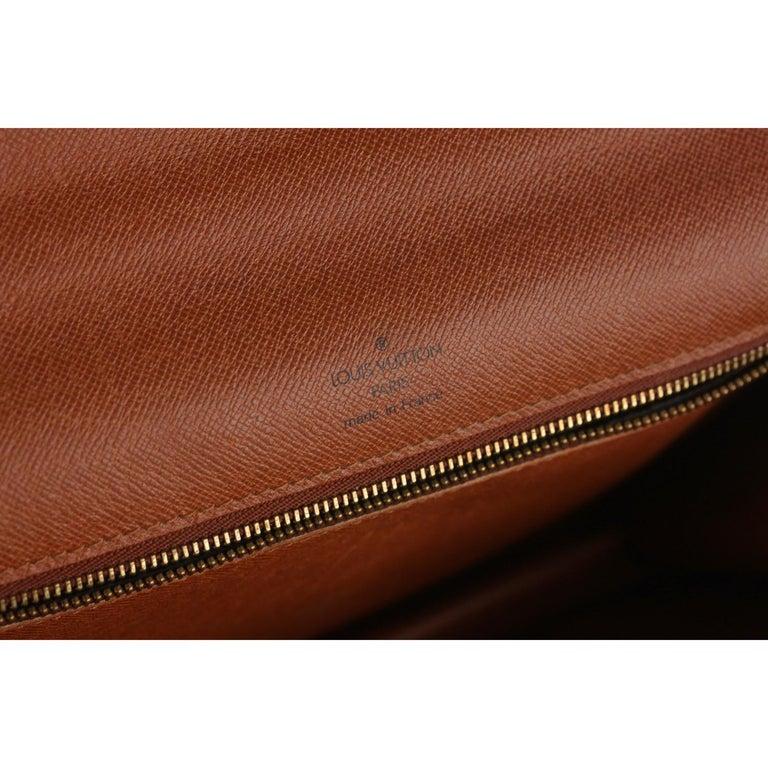 Louis Vuitton Vintage Monogram Canvas Monceau 28 Messenger Bag For Sale 8