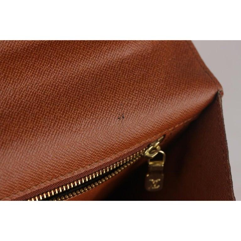 Louis Vuitton Vintage Monogram Canvas Monceau 28 Messenger Bag For Sale 9