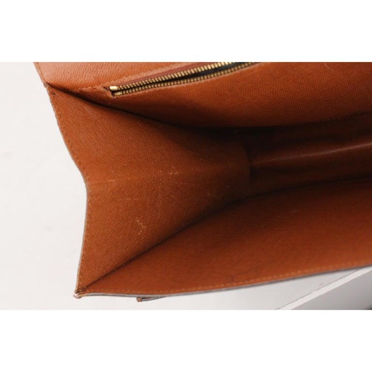 Louis Vuitton Vintage Monogram Canvas Monceau 28 Messenger Bag For Sale 10