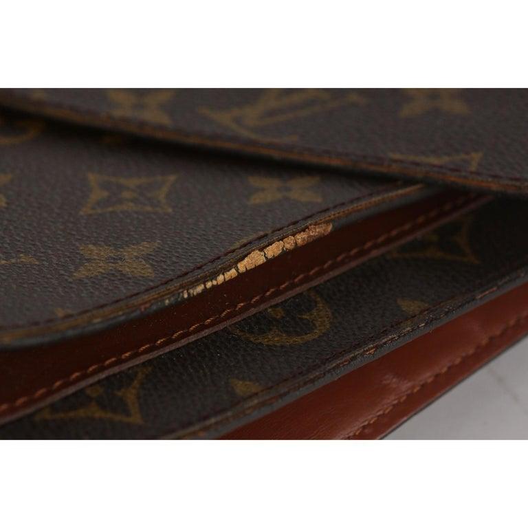 Louis Vuitton Vintage Monogram Canvas Monceau 28 Messenger Bag For Sale 3
