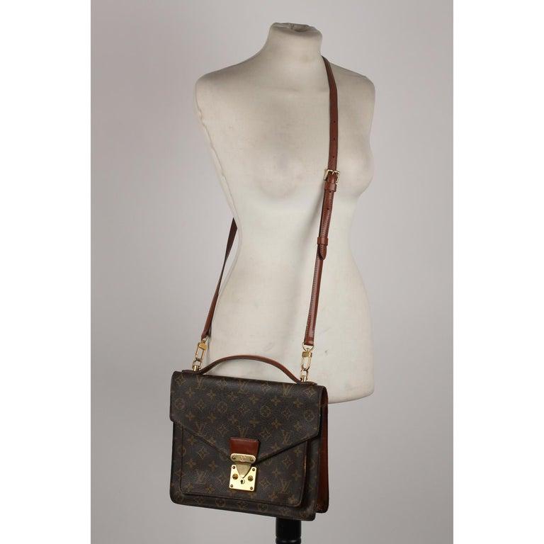 Louis Vuitton Vintage Monogram Canvas Monceau 28 Messenger Bag For Sale 4