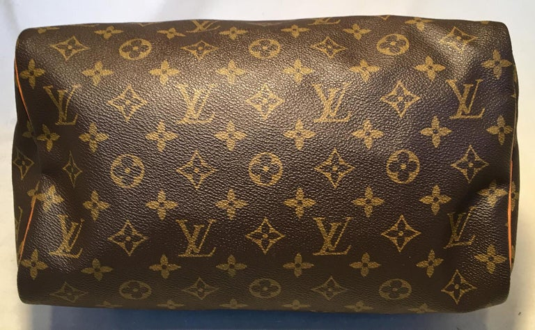 Louis Vuitton Vintage Customized Hand Painted Wine Grapes Speedy 30 Handbag In Excellent Condition For Sale In Philadelphia, PA