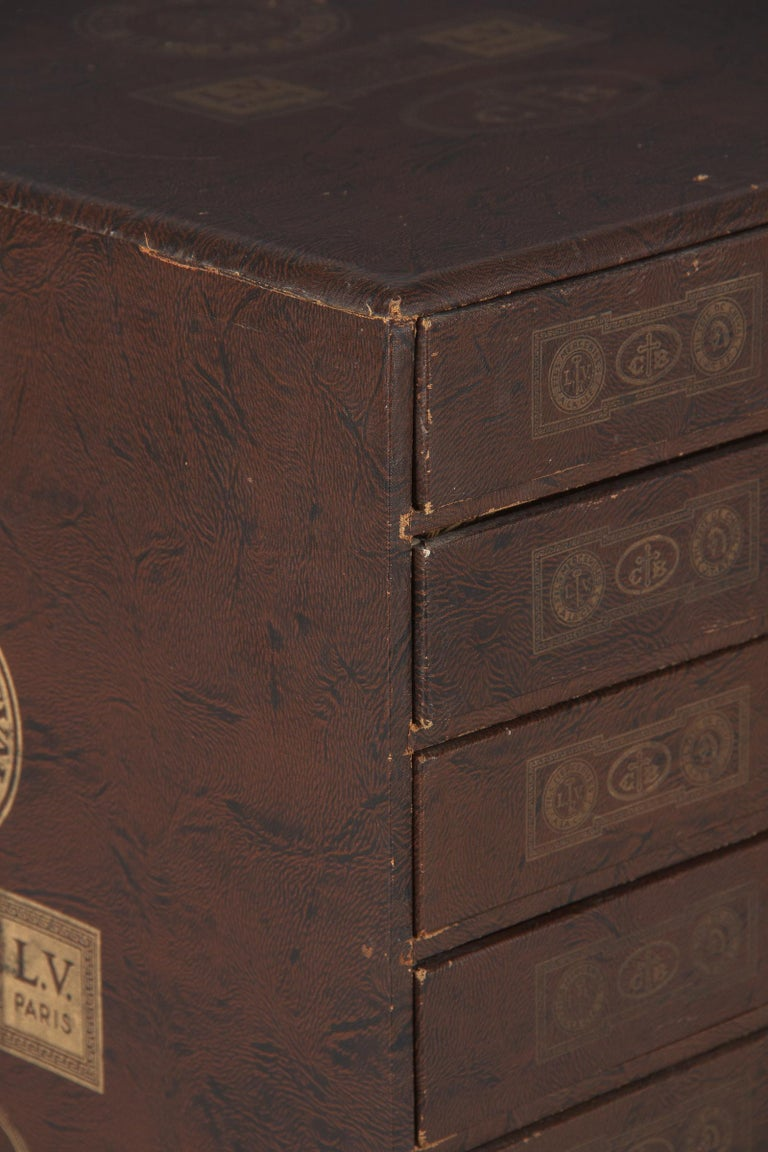 19th Century French Seamstress Storage Box In Good Condition For Sale In Austin, TX