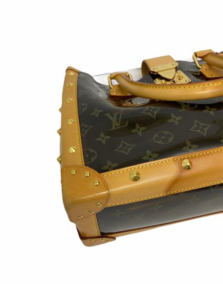 Louis Vuitton Vinyl Neo Cabas Le Shoulder Bag in Brown Vinyl with Cowhide For Sale 4