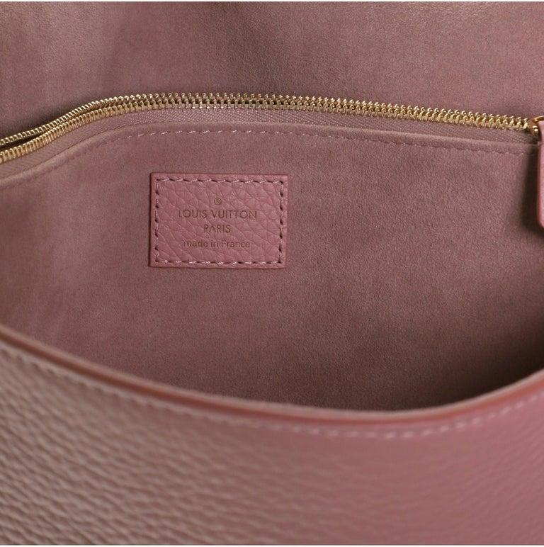 Louis Vuitton Volta Handbag Leather For Sale 3