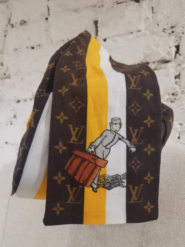 Black Louis Vuitton Voyage brown white orange scarf - foulard For Sale