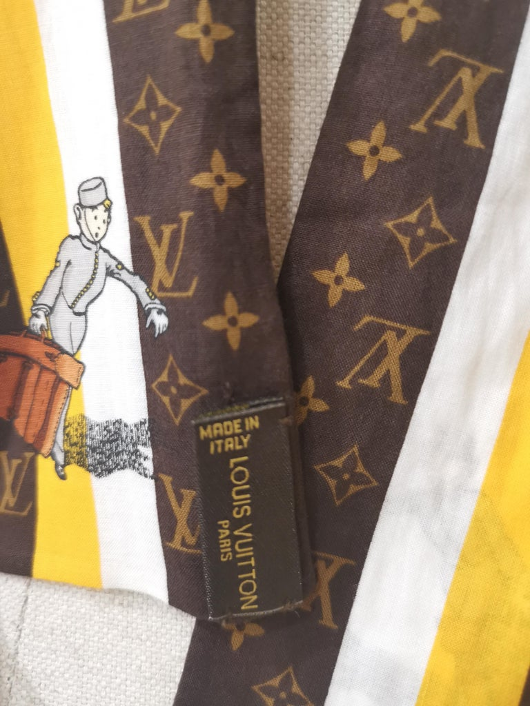 Louis Vuitton Voyage brown white orange scarf - foulard In Good Condition For Sale In Capri, IT