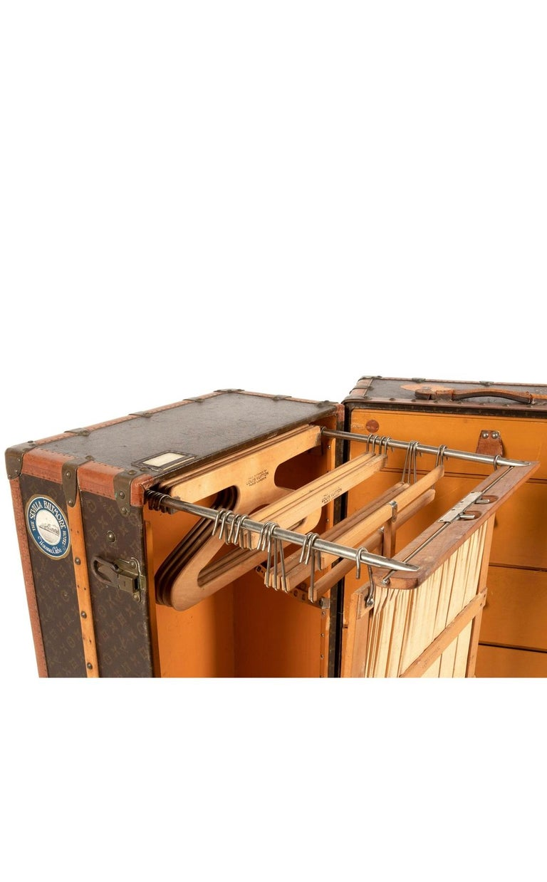 Louis Vuitton Wardrobe Steamer Trunk In Good Condition For Sale In Los Angeles, CA