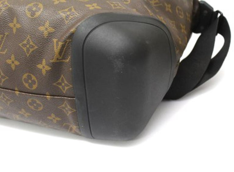 Louis Vuitton Water-Proof Shoulder Bag in Monogram Canvas with Black Rubber For Sale 4
