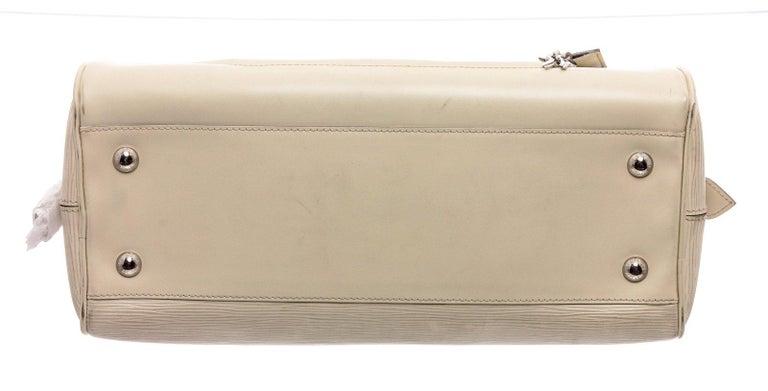 Louis Vuitton White Epi Leather Montaigne Bowling GM Bag For Sale 2