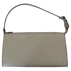 Louis Vuitton White Epi Pochette
