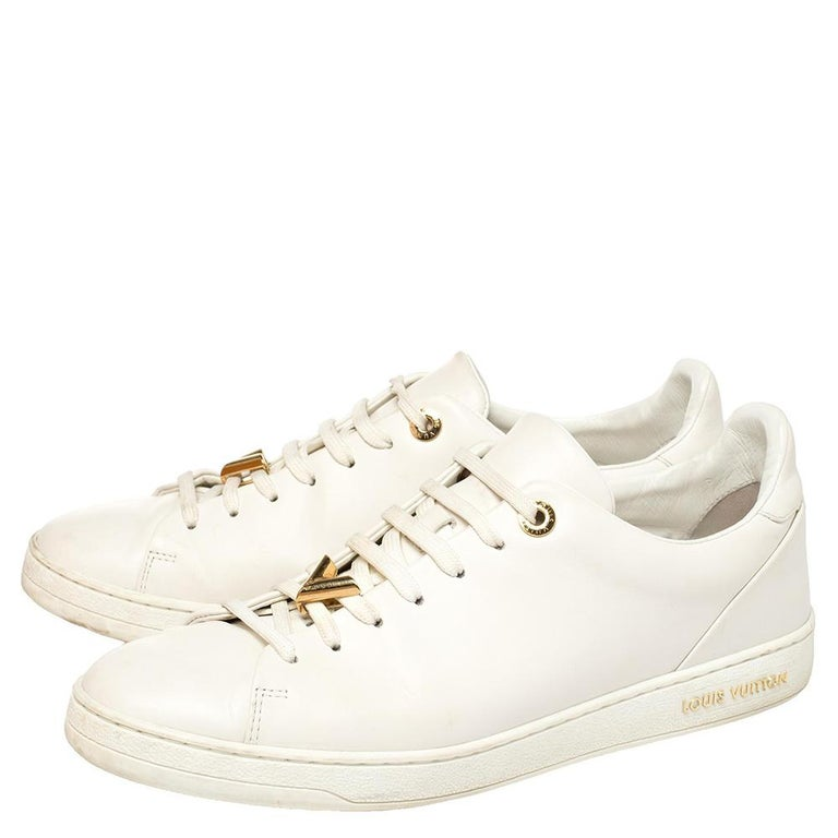 Louis Vuitton White Leather Frontrow Logo Embellished Lace Up Sneakers Size 40 For Sale 2