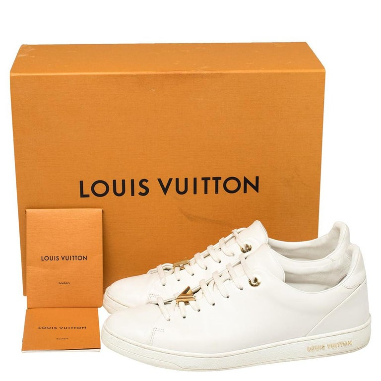 Louis Vuitton White Leather Frontrow Logo Embellished Lace Up Sneakers Size 40 For Sale 4