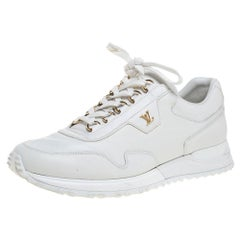 Louis Vuitton White Leather Run Away Low Top Sneakers Size 40.5