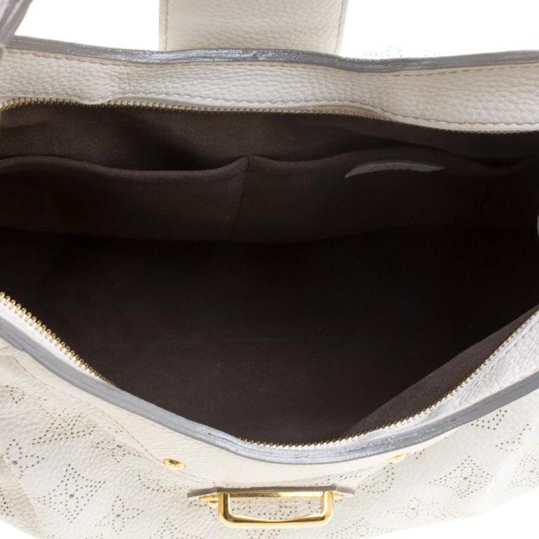 0c5352803de7 Louis Vuitton White Monogram Mahina Leather Solar PM Bag For Sale at ...