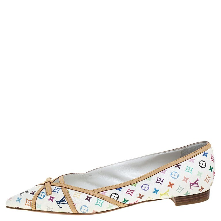 Stylish and a classic by Louis Vuitton, these flats are made from monogram multicolor canvas with bow detailing on the vamps, they feature pointed toes. The insoles are leather lined with the brand's label.  Includes:Original Dustbag