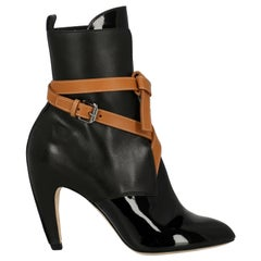 Louis Vuitton Woman Ankle boots Black, Camel Color EU 38