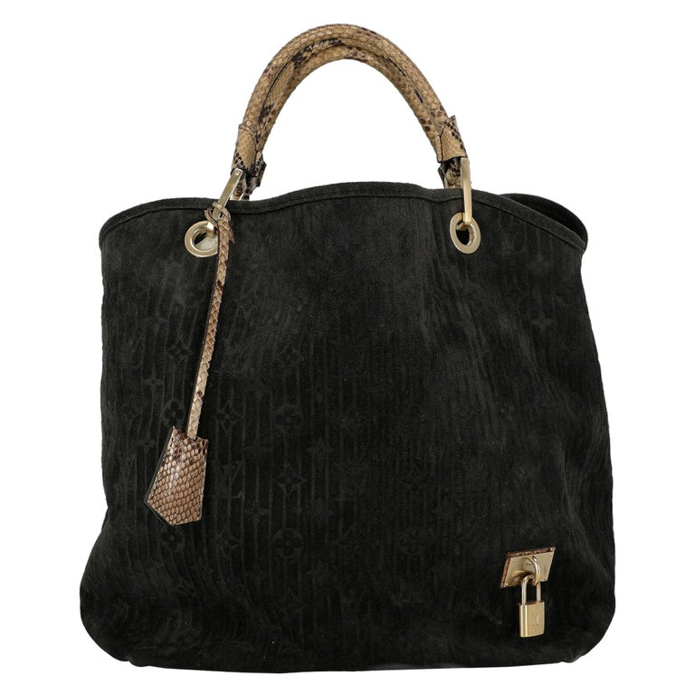 Louis Vuitton Woman Handbag  Black Leather For Sale