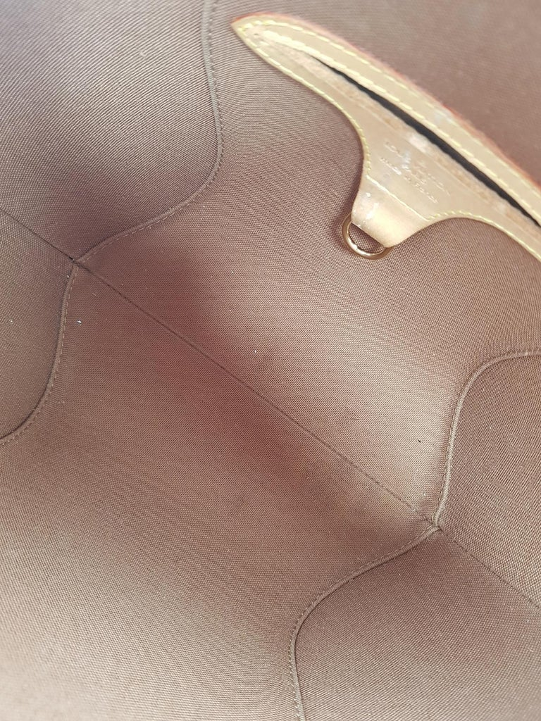 Louis Vuitton Woman Handbag Ellipse Beige Synthetic Fibers For Sale 1
